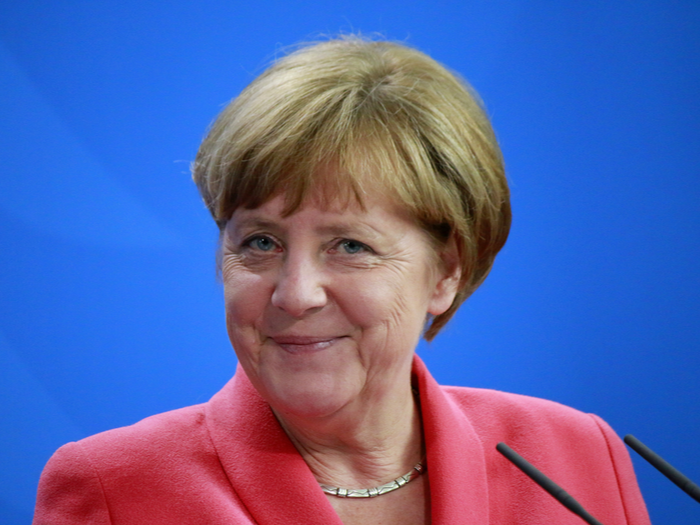 Headerbild zum Blogbeitrag KannAngela Merkel impeached werden